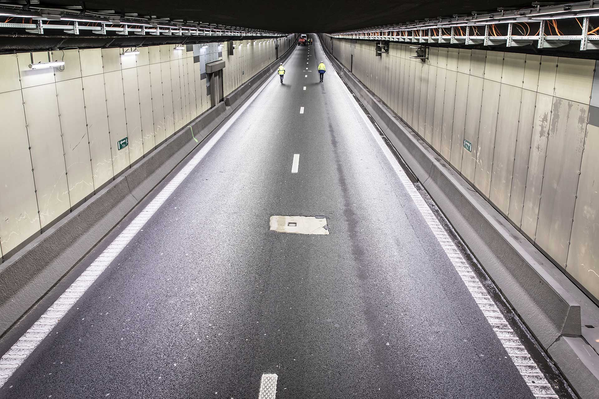 Schréder tunnel lighting solution dramatically cuts energy costs for Tervuren Tunnel while optimising safety
