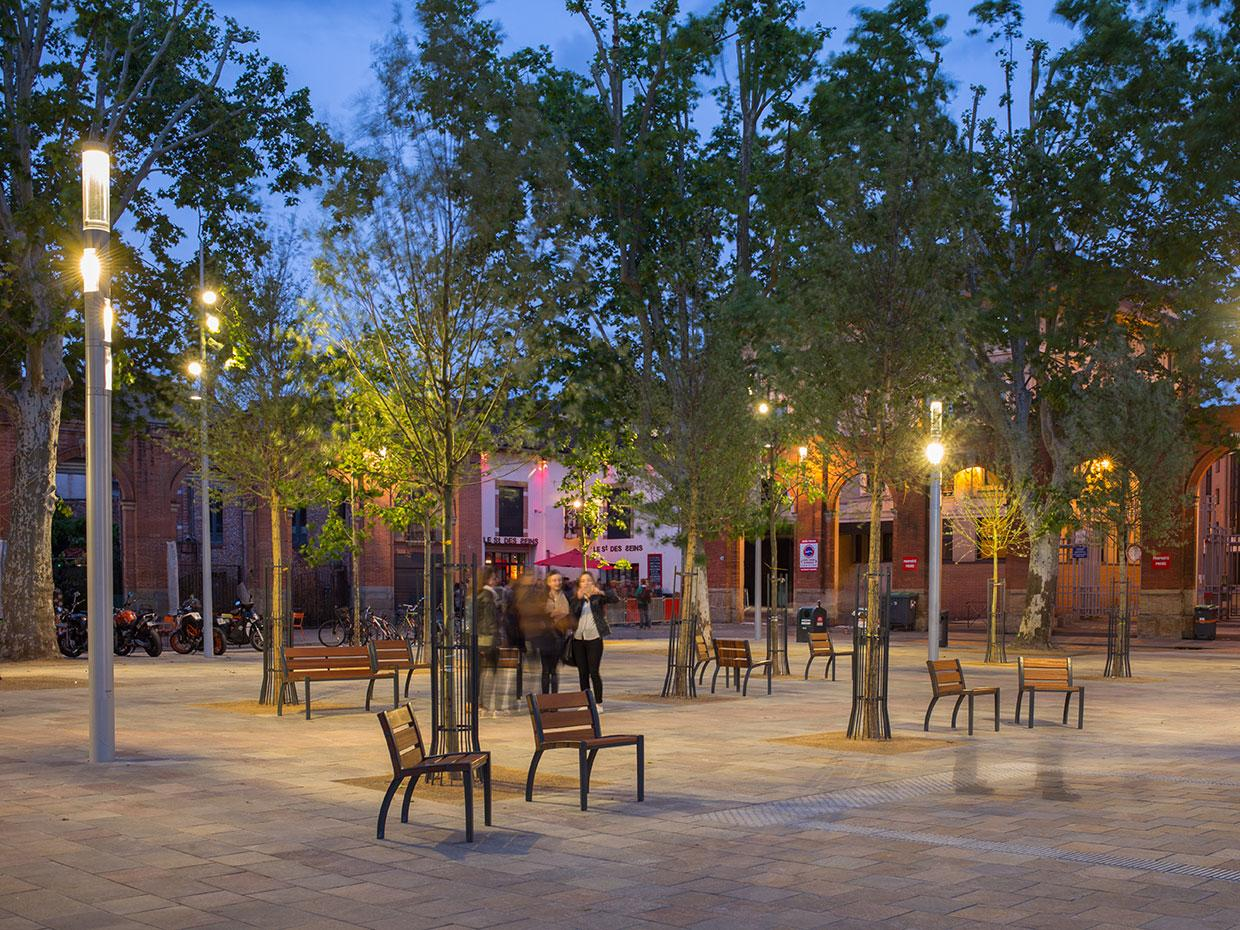 Shuffle provides free WiFi to create a truly connected space for Saint Pierre Square in Toulouse